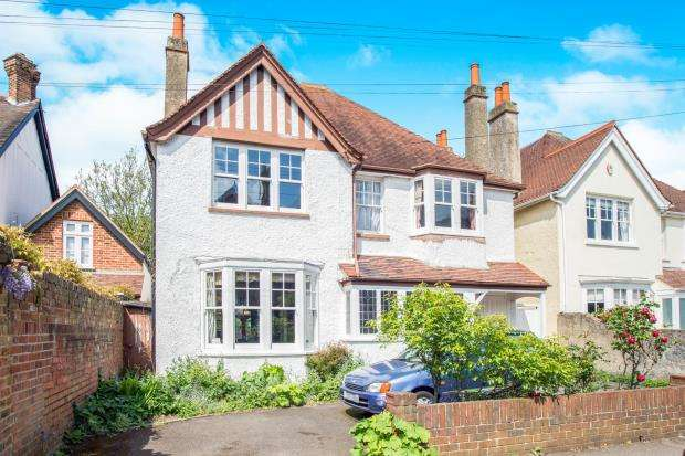6 Bedrooms Detached House for sale in East Molesey, Surrey, .