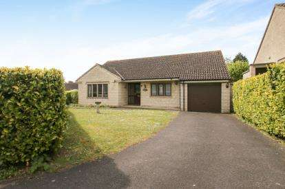 3 Bedrooms Bungalow for sale in Curry Rivel, Langport, Somerset