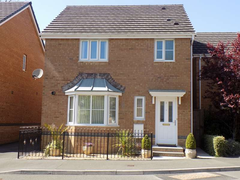 3 Bedrooms Detached House for sale in St. Catherines Court, Baglan, Port Talbot, Neath Port Talbot. SA12 8AJ