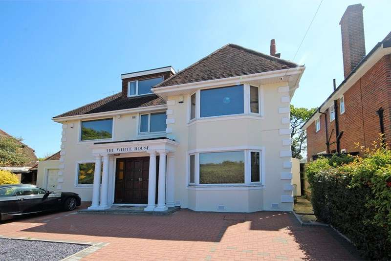 5 Bedrooms Detached House for sale in Littledown Drive, Littledown, Bournemouth
