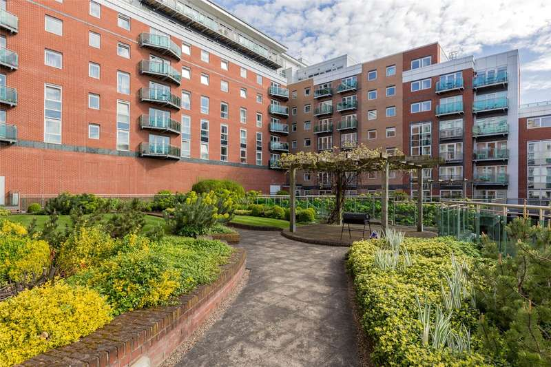2 Bedrooms Flat for sale in Royal Plaza, 2 Westfield Terrace, Sheffield, South Yorkshire, S1
