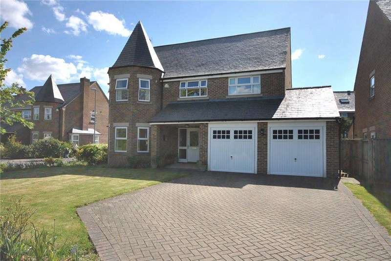 5 Bedrooms Detached House for sale in Fulton Place, Central Park, Far Headingley, Leeds