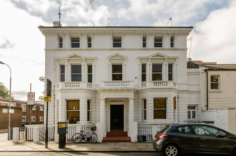 1 Bedroom Flat for sale in Normand Lodge, Barons Court, W14