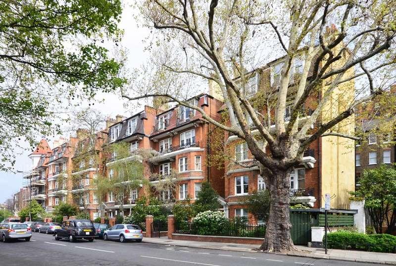 3 Bedrooms Flat for sale in Ashburnham Road, Chelsea, SW10
