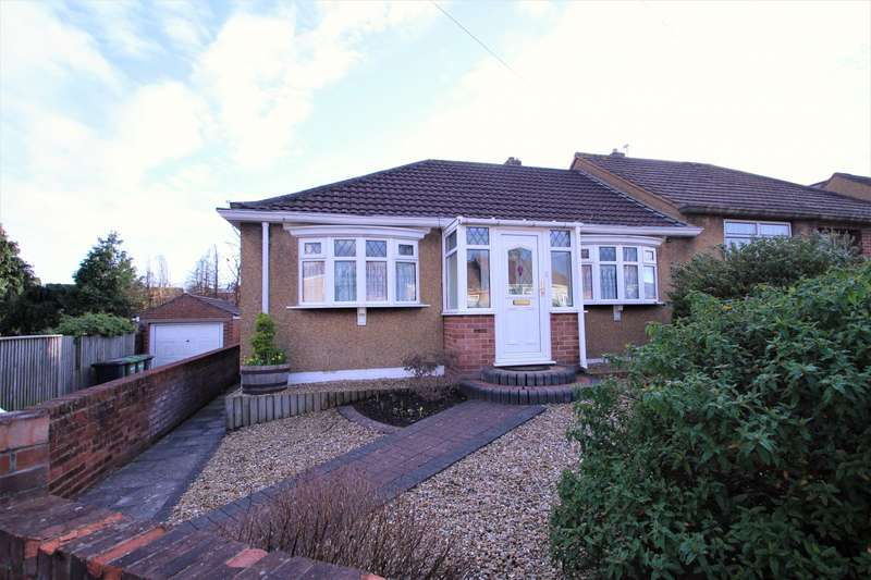 2 Bedrooms Bungalow for sale in Hanham