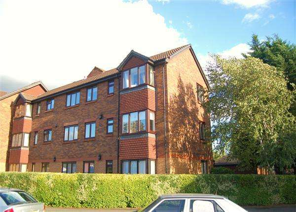 2 Bedrooms Apartment Flat for sale in Kipling Drive, Wimbledon