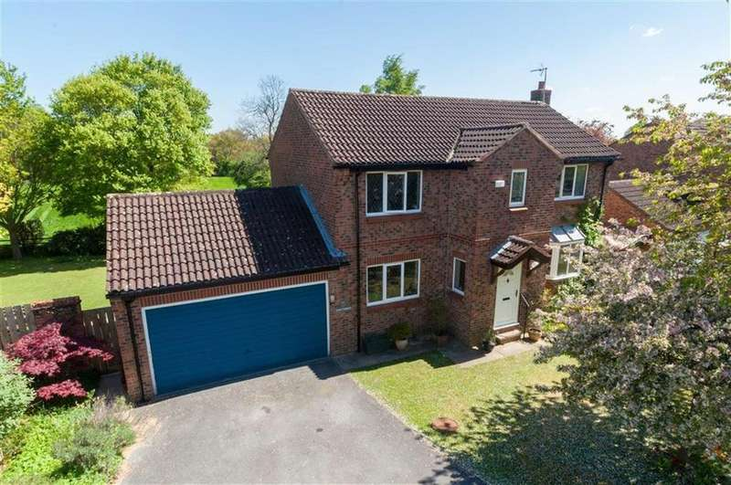 4 Bedrooms Detached House for sale in Kings Mead, Ripon