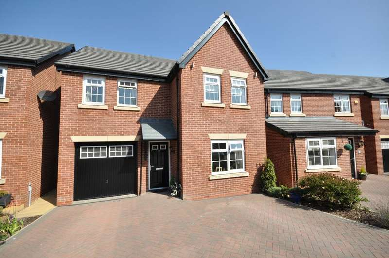 4 Bedrooms Detached House for sale in St Edwards Chase, Fulwood, Preston, Lancashire, PR2 3BF
