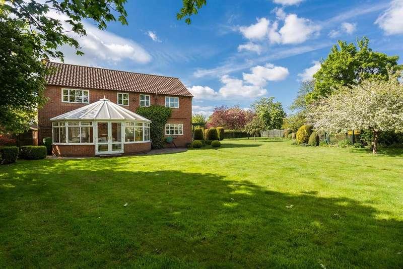 5 Bedrooms House for sale in Sutton Park, Sutton upon Derwent, York