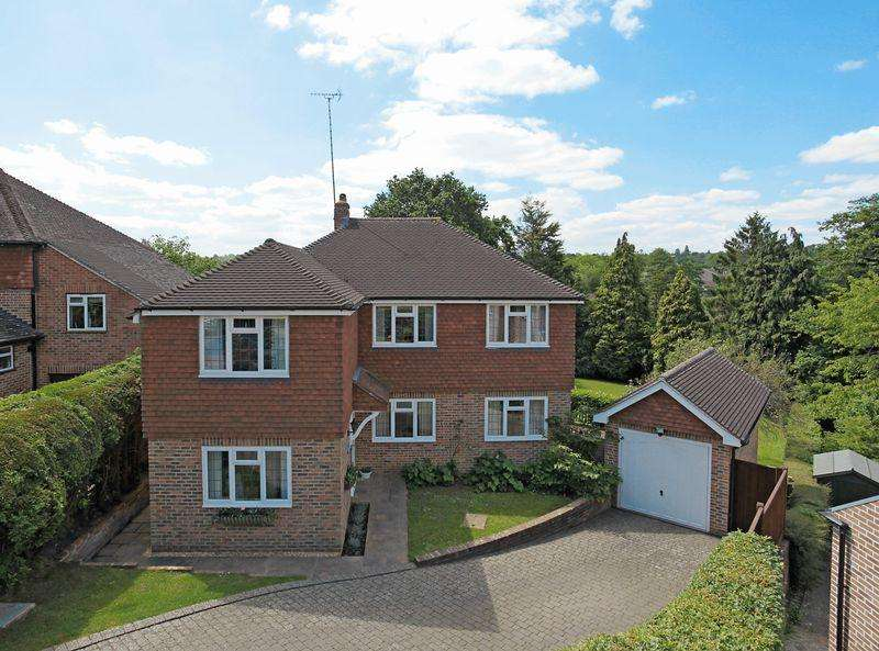 4 Bedrooms Detached House for sale in Beckworth Lane, Lindfield, West Sussex