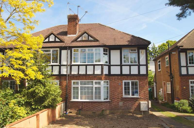 2 Bedrooms Maisonette Flat for sale in St Marys Road, Weybridge KT13