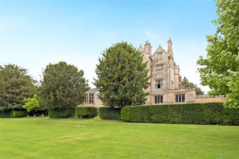 2 Bedrooms Flat for sale in Shipton Court, High Street, Shipton Under Wychwood, Chipping Norton, OX7