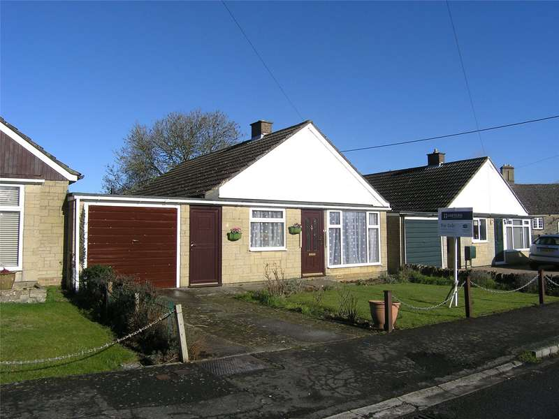 2 Bedrooms Terraced Bungalow for sale in Perrott Close, North Leigh, Witney, Oxfordshire, OX29