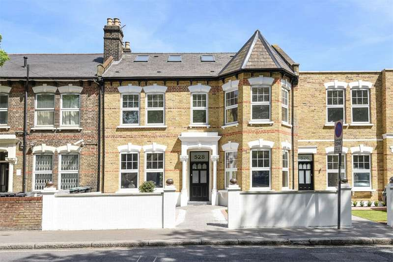 2 Bedrooms Flat for sale in West Green Road, Turnpike Lane