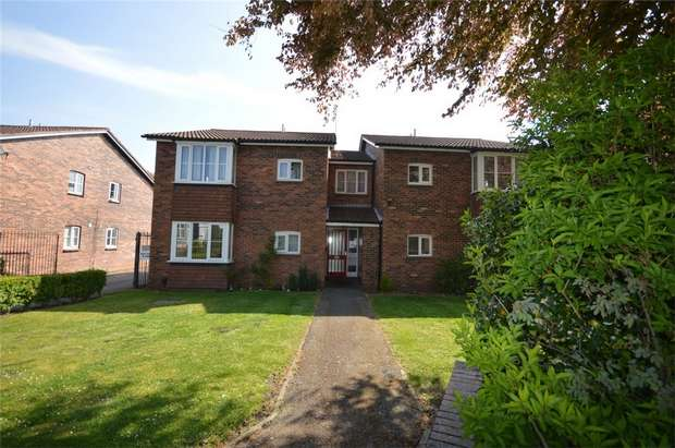 1 Bedroom Flat for sale in The Beeches, Rock Ferry, Merseyside
