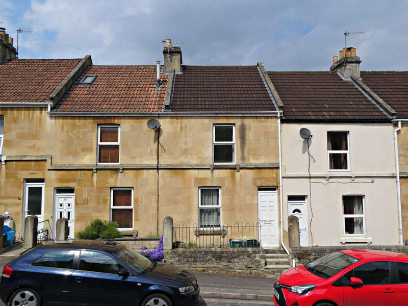 3 Bedrooms Terraced House for sale in Highland Road, Twerton, Bath