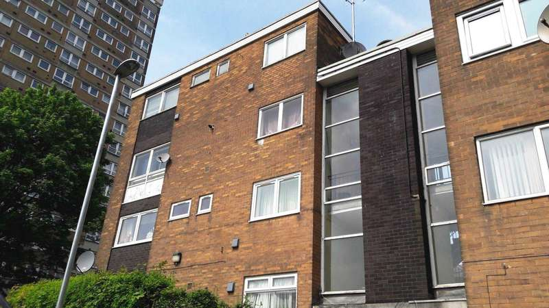 3 Bedrooms Maisonette Flat for sale in Marlborough Grange, Leeds