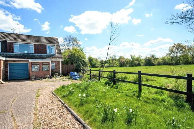 3 Bedrooms Semi Detached House for sale in Basingstoke Road, Spencers Wood, Reading, RG7