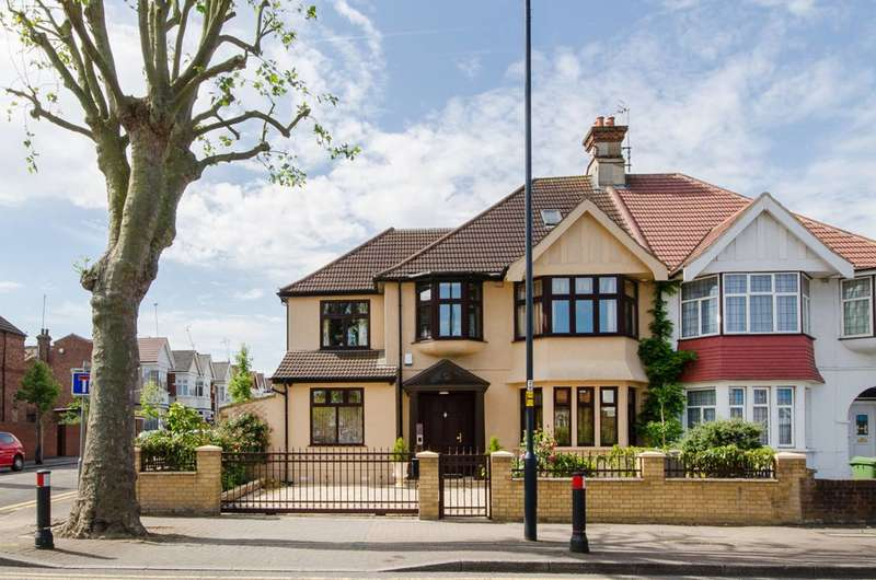 5 Bedrooms End Of Terrace House for sale in Anson Road, Willesden Green, NW2