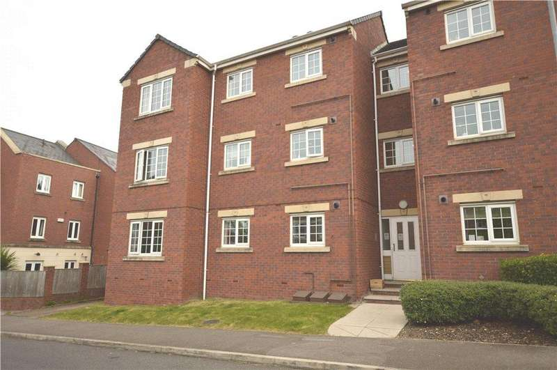 3 Bedrooms Apartment Flat for sale in Castle Lodge Square, Rothwell, Leeds, West Yorkshire