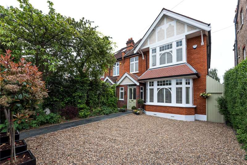 5 Bedrooms Semi Detached House for sale in Queens Road, Kingston upon Thames, KT2