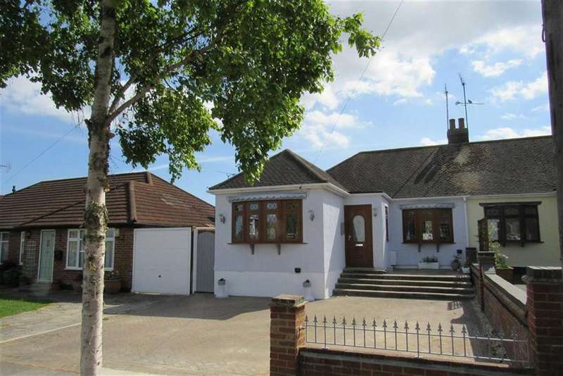 2 Bedrooms Semi Detached Bungalow for sale in Bohemia Chase, Leigh On Sea, Essex