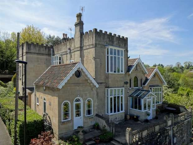 4 Bedrooms Semi Detached House for sale in The Glen, Entry Hill, Bath