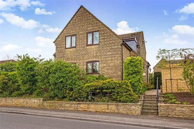 4 Bedrooms Detached House for sale in The Street, Lydiard Millicent, Swindon, Wiltshire