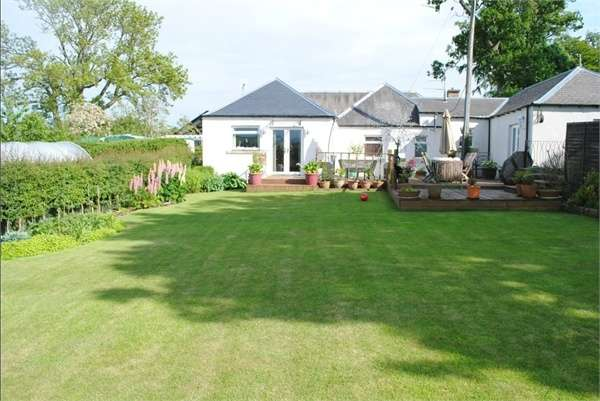 3 Bedrooms Detached Bungalow for sale in Greenlaw, Greenlaw, Duns, Scottish Borders