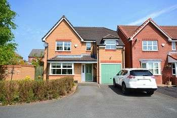 4 Bedrooms Detached House for sale in Sheaves Close, Abram, Wigan, WN2 5YS