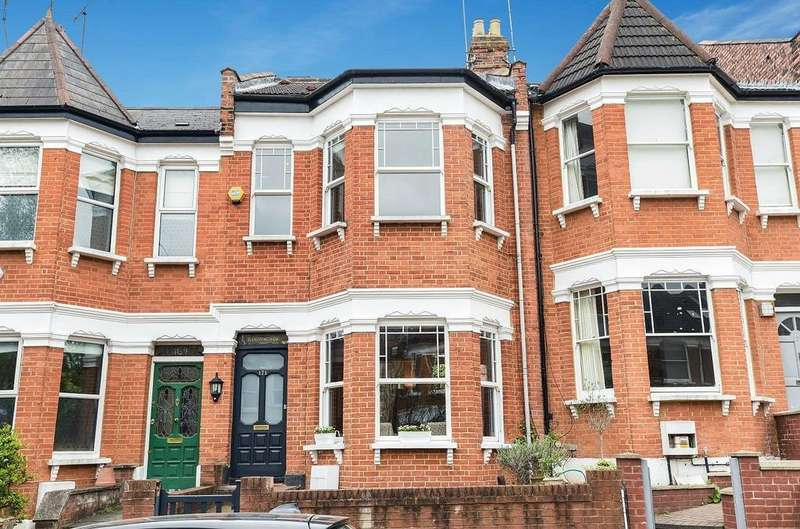 5 Bedrooms Terraced House for sale in Victoria Road, London