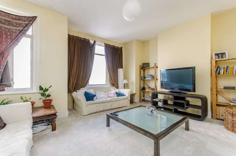 3 Bedrooms Flat for sale in Grantham Road, Clapham North, SW9