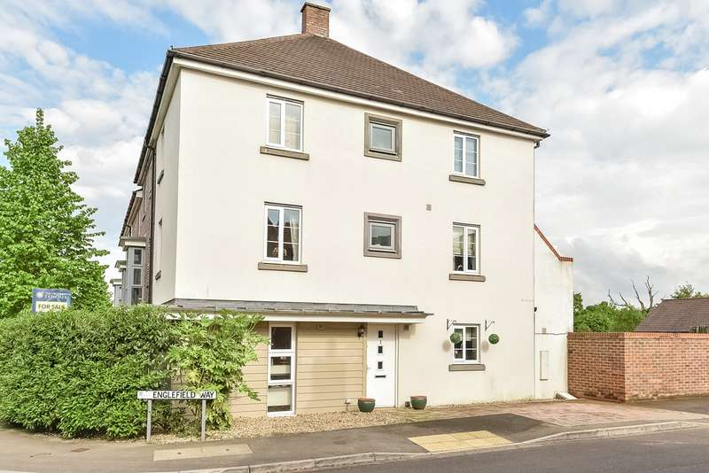 4 Bedrooms Town House for sale in Englefield Way, Marnel Park, Basingstoke, RG24