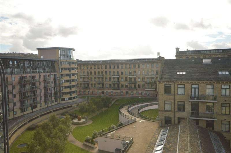 4 Bedrooms Apartment Flat for sale in Apartment 502, Victoria, Salts Mill Road, Saltaire, West Yorkshire