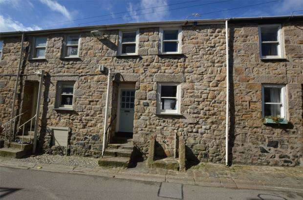2 Bedrooms Terraced House for sale in St Peters Street, St. Ives, Cornwall