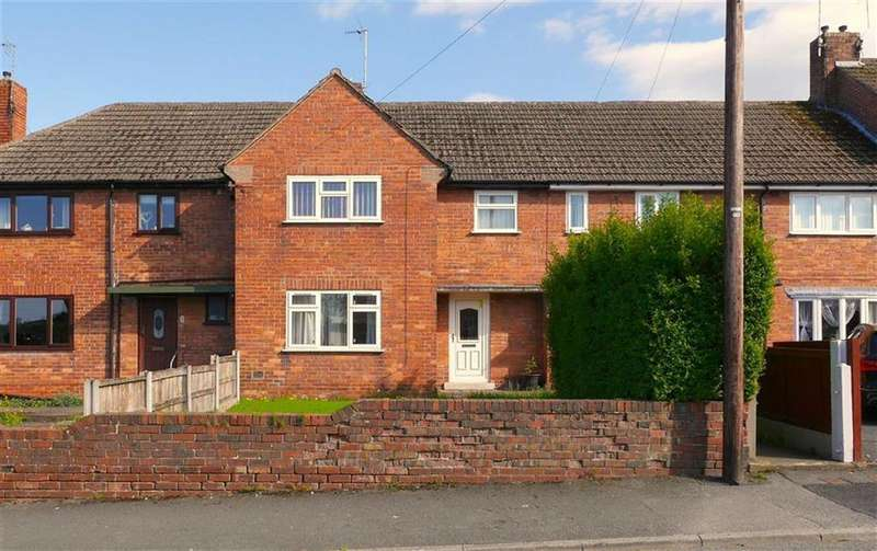 2 Bedrooms Semi Detached House for sale in Hillside Avenue, Connah's Quay, Deeside, Flintshire