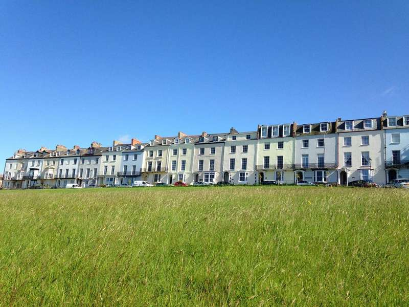 7 Bedrooms Terraced House for sale in Montpelier Terrace, Ilfracombe