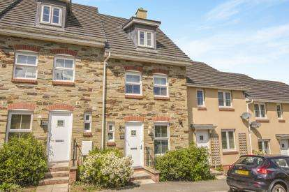 3 Bedrooms Terraced House for sale in Bodmin, Cornwall