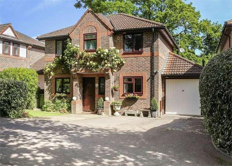 4 Bedrooms Detached House for sale in Holly Spring Lane, Bracknell, Berkshire