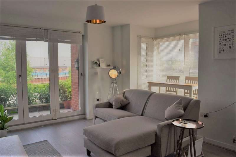 2 Bedrooms Apartment Flat for sale in Knostrop Quay, H2010
