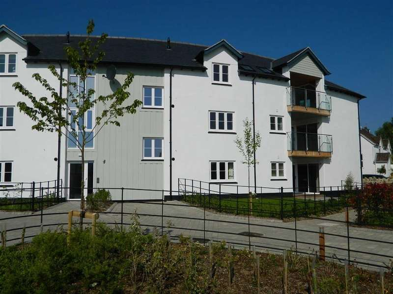 2 Bedrooms Apartment Flat for sale in Lower Street, Chagford, Newton Abbot, Devon, TQ13