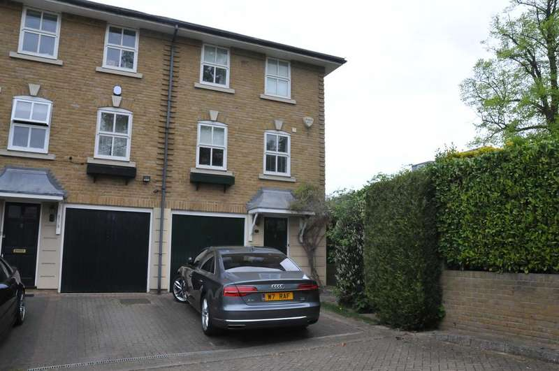 4 Bedrooms Semi Detached House for sale in Hampton Close, Friern Barnet