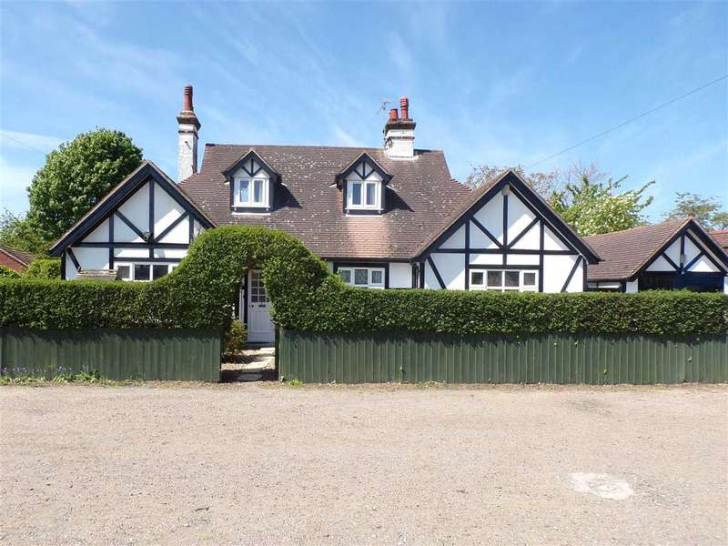 4 Bedrooms Bungalow for sale in Lansdowne Road, Ipswich