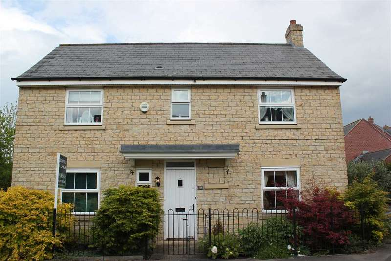4 Bedrooms Detached House for sale in Twineham Road, Swindon