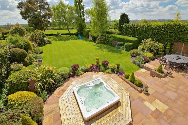 5 Bedrooms Detached House for sale in The Ridgeway, RADLETT, Hertfordshire