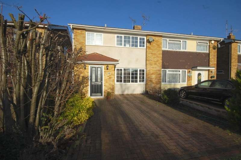 3 Bedrooms Semi Detached House for sale in Meon Close, Old Springfield, Chelmsford, CM1