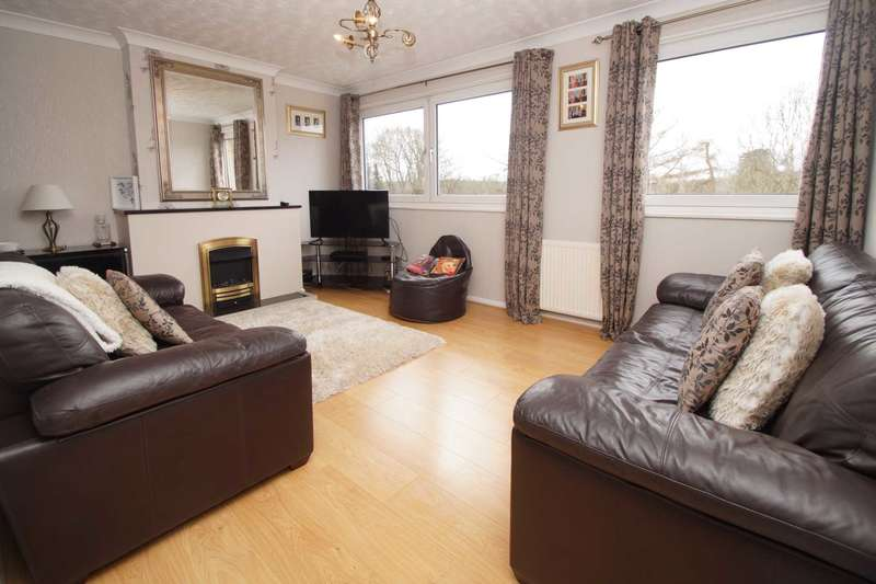 4 Bedrooms Town House for sale in Parkhill Road, Boxmoor, Hemel Hempstead