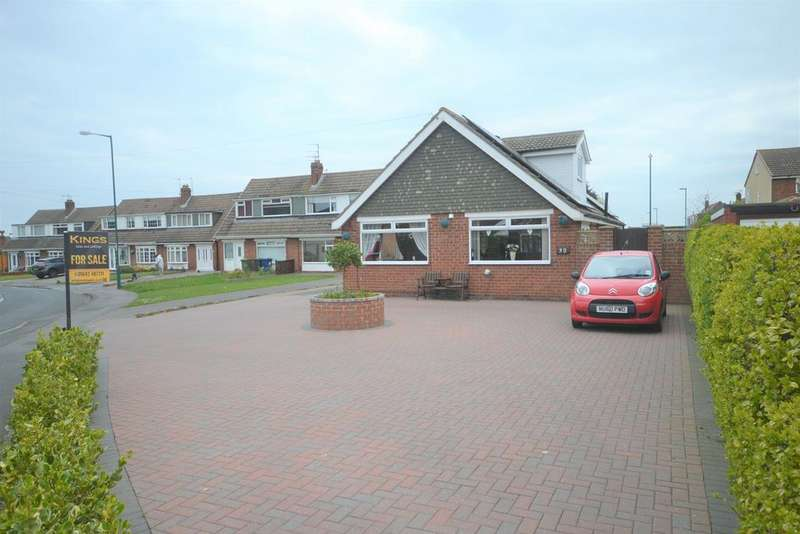 4 Bedrooms Detached Bungalow for sale in Churchill Drive, Marske TS11