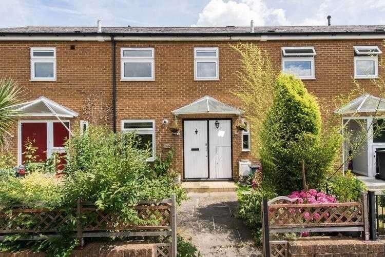 3 Bedrooms Terraced House for sale in Millbank Way, Lee, London