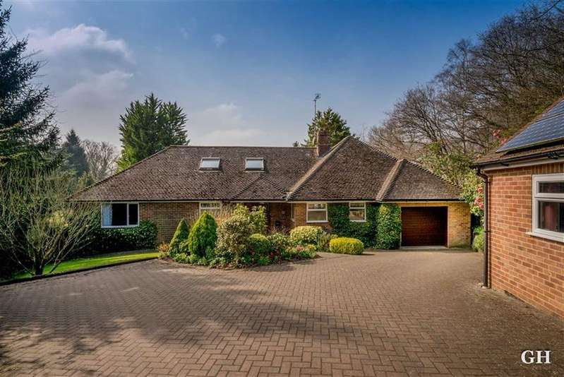 5 Bedrooms Detached House for sale in Hothfield Common, Ashford, Kent